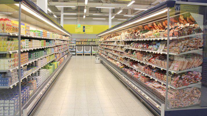 S-market_Taipalsaari_hyllyt